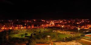 Vista nocturna del Parque de Las Rehoyas
